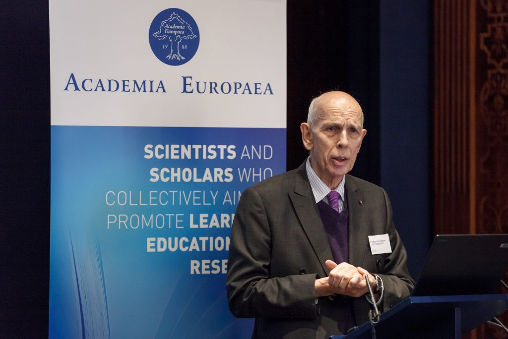 Professor Ole Petersen