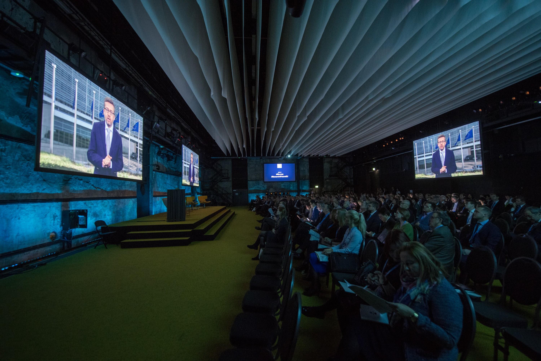 European Commissioner Moedas addresses the audience