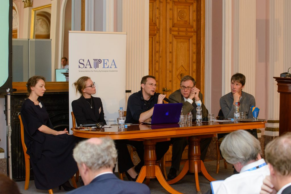 Panel on public engagement (from left: Dr Julia Stamm, Erika Widegren, Dr Franck Courchamp, Richard, Hudson, Professor Brian Cox)