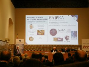 Vice-President Ole Petersen presenting on SAPEA at the AGM with President Sierd Cloetingh in the chair