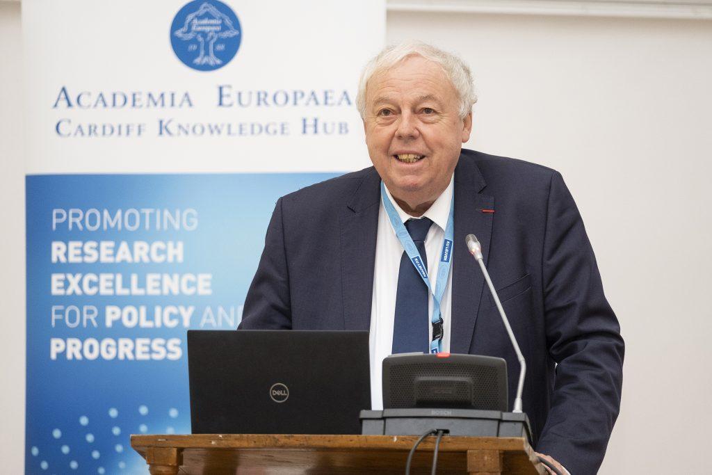 Professor Sierd Cloetingh, President of Academia Europaea, welcomes the delegates