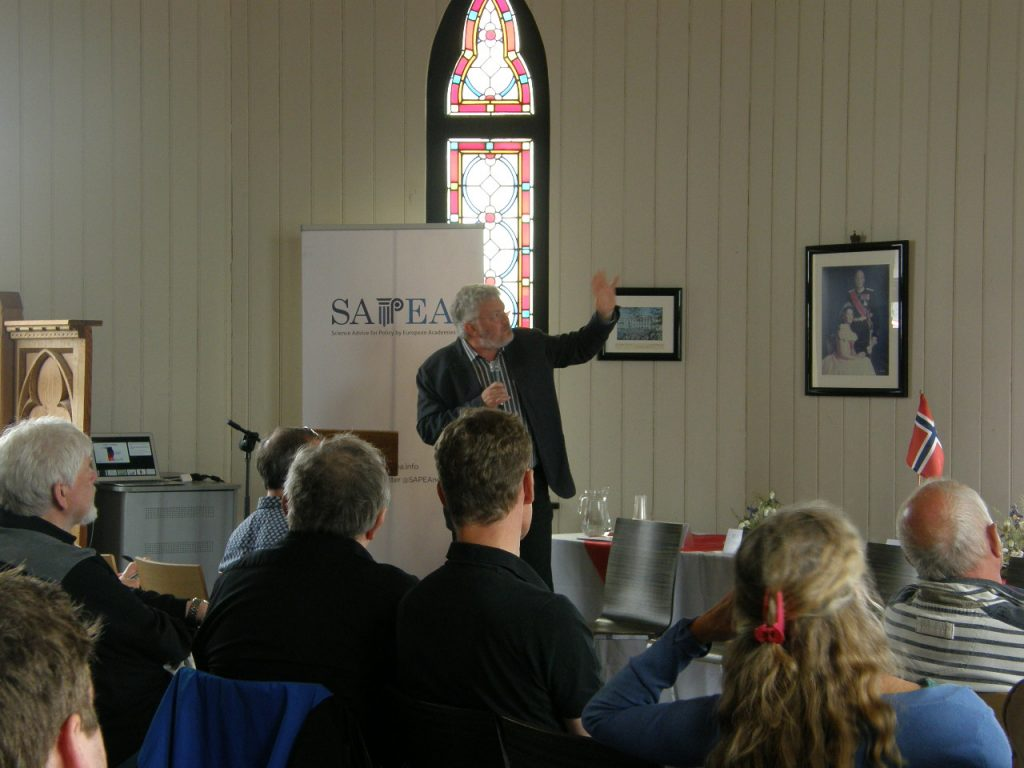 Professor David Thomas, Bangor University