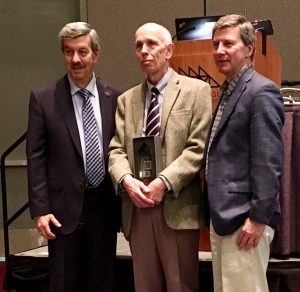 Martin Frank (left), Executive Director of the American Physiological Society and Professor Dennis Brown (right), Harvard Medical School and President of the American Physiological Society, presenting Professor Ole Petersen with the Cannon Award.