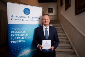 AE's Gold Medal winner, Professor Robert-Jan Smits